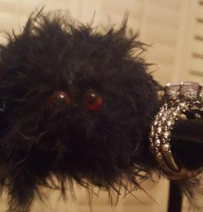 Arly's skull ring